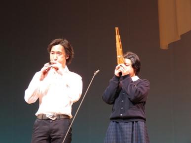 東儀秀樹さんと高坂さんのセッションの様子